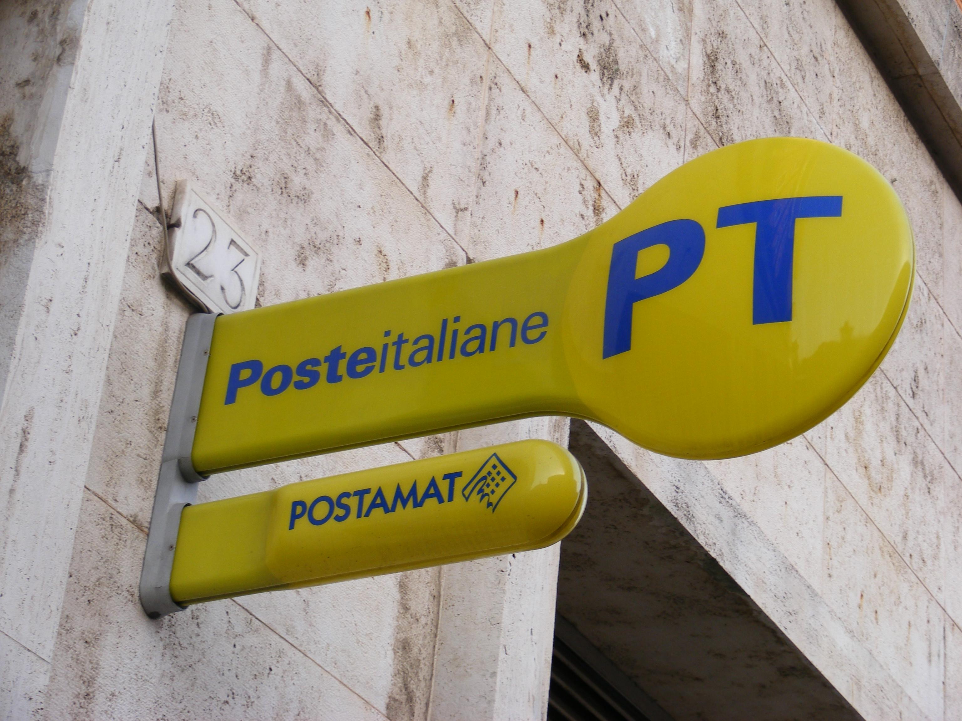 Servizio Di Consegna Pacchi Poste Italiane In Tilt Cittadini
